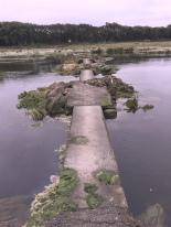 Un passage miraculeur pour franchir l'aber à marée basse.