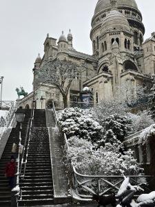 le sacré Coeur. Paris sous la neige . rando parisienne