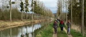 randonneurs sur canal de l Ourcq